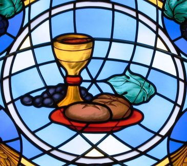 St_Michael_the_Archangel,_Findlay,_OH_-_bread_and_wine_crop_1